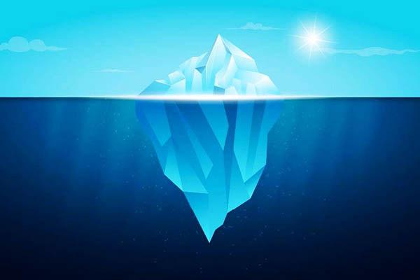 海面下の方が圧倒的に大きい氷山